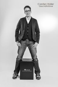 Holler - MEISTER DER ELEMENTE - Team: Carsten Holler