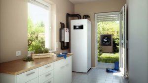 Eine reversible Wärmepumpe hat eine Doppelfunktion: Sie kühlt im Sommer und heizt im Winter. Foto: Buderus